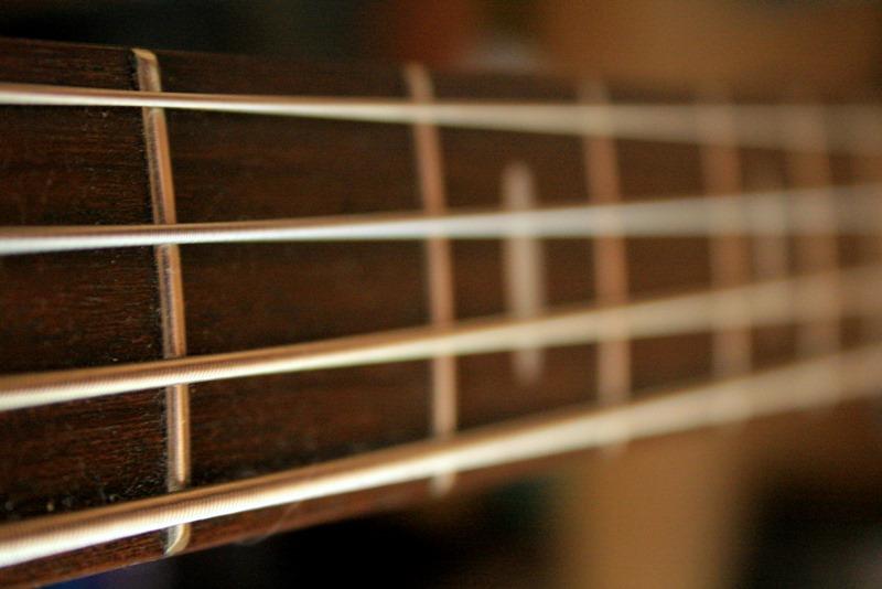 4, 5 or 6 strings ...keys, pads, drums